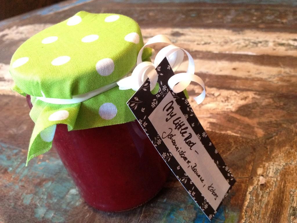 my little red marmelade mit johannisbeeren banane und kokos. Black Bedroom Furniture Sets. Home Design Ideas
