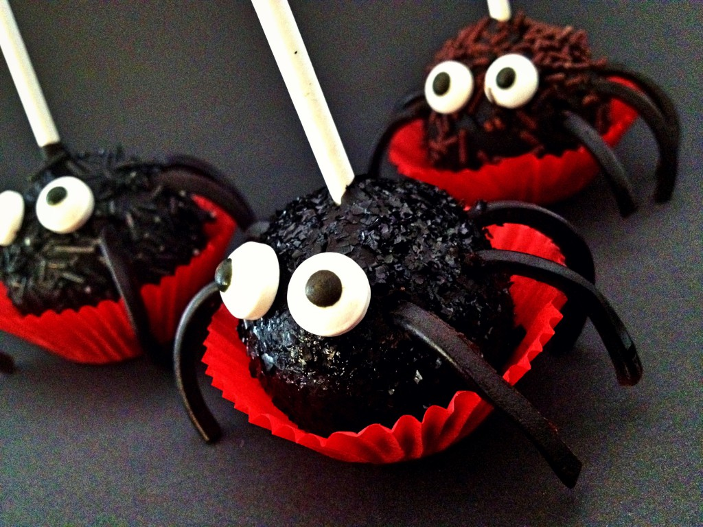 Hallo Halloween Decoraties : Halloween deur decoratie zombie attack ajarnpa
