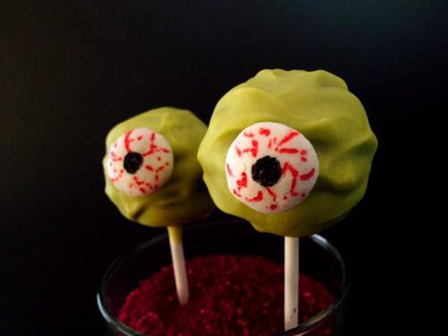 monster spinnen cakepops zu halloween. Black Bedroom Furniture Sets. Home Design Ideas