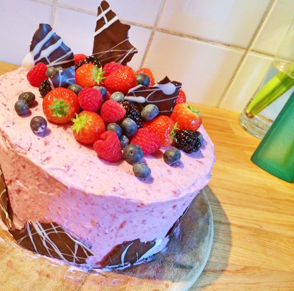 Rosa Beerentraum-Torte (dauert Ein Wenig, Ist Aber Nicht